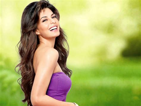 cute hindi film actress wallpaper s station jacqueline fernandez hot and cute
