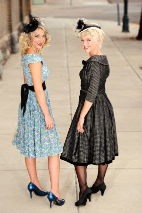 update style for women in there late 40s for lovers fashion for women and 1940 s fashion on pinterest