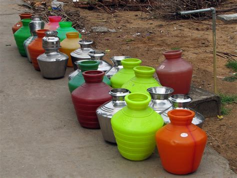 Multi Family Homes File India Colours Of India 014 Water Pots Lined Up