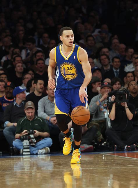 how much does stephen curry bench http www4 pictures zimbio com gi stephen curry golden state warriors v new
