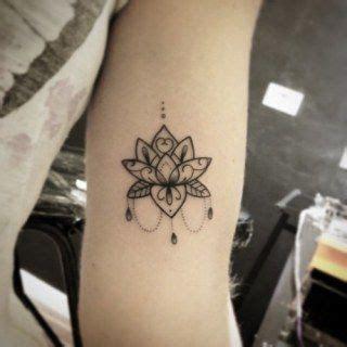 tattoo inspiration klein die besten 17 ideen zu lotusbl 252 te tattoos auf pinterest