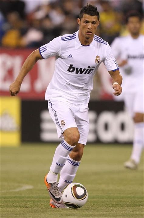 Bola Sepak No 5 By Hanny Sport hasdin pemain bola sepak bergaji paling tinggi 2011