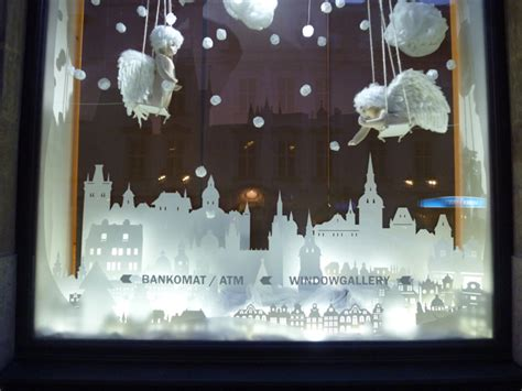 christmas window 187 retail design blog