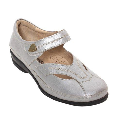 comfort shoes india fashionable comfort shoes 28 images cloud comfort