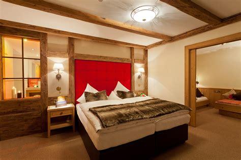 schmales schlafzimmer schlafzimmer gr 252 n beige goetics gt inspiration design