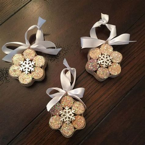 pinterest christmas made out of tulldecorating ideas snowflake ornaments from upcycled corks set of 3 kerst portes et no 235 l