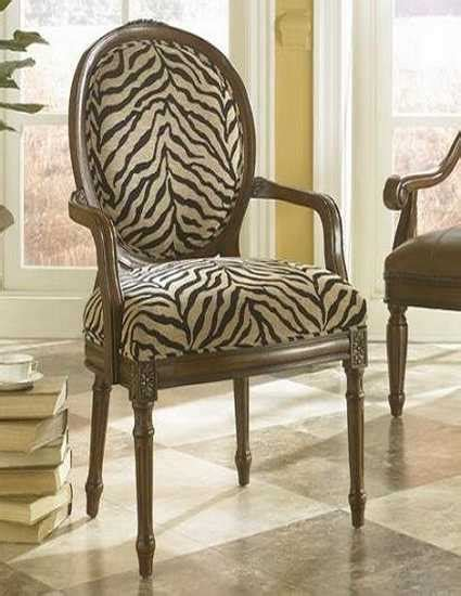 Zebra Print Dining Chairs Black And White Dining Room Decorating With Zebra Prints And Decorative Patterns