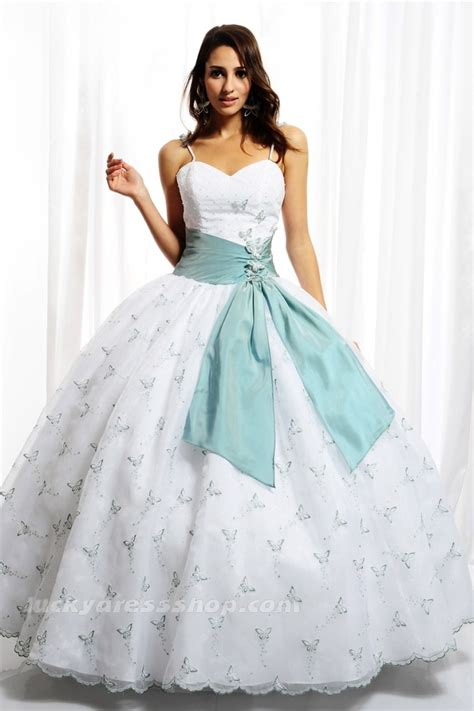 winter themed quinceanera dresses pin by lorena pineda on quincea 241 era ideas pinterest