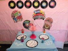 50 s table decorations 50 s sock hop ideas on 50s theme