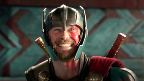 film brain thor john s film reviews thor ragnarok 2017 the thor we ve