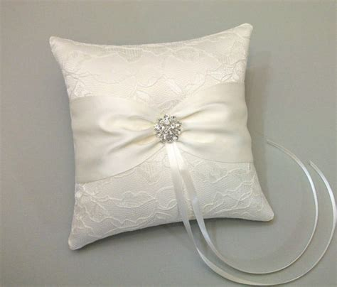 Ring Pillow Ideas by