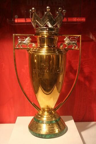 arsenal trophy top 5 things arsenal fans say when they are out of
