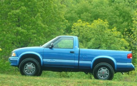 blue book used cars values 1996 gmc sonoma club coupe electronic throttle control 1994 gmc sonoma blue 200 interior and exterior images