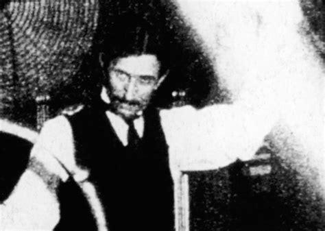 Nikola Tesla Documentary Nikola Tesla Predicts Our Wireless World In New
