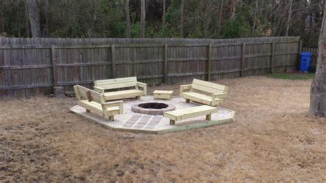 DIY Backyard Fire Pit Ideas   FIREPLACE DESIGN IDEAS
