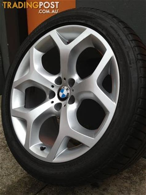 bmw x5 20 inch tyres bmw e70 x5 m sport luxury 20 inch staggered alloy wheels