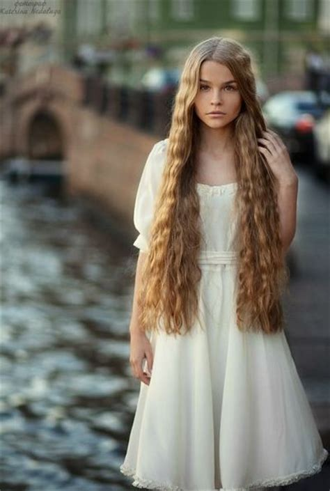 extra long hair styles wavy hair character inspiration and long hair on pinterest