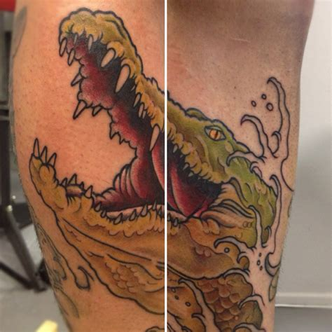 crocodile tattoo crocodile skin www imgkid the image kid has it