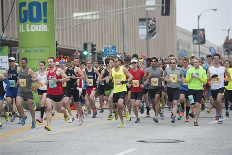 go st louis marathon entertainment saint louis 2015 go st louis marathon weekend registration opens