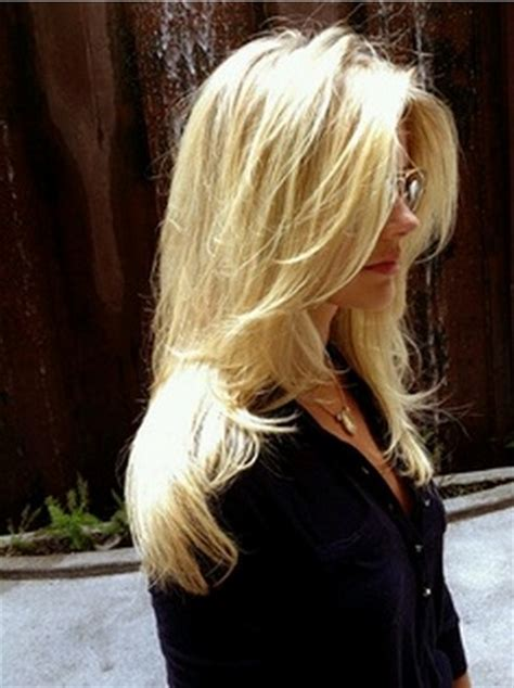 hairstyles for long straight hair with side fringe fantastic long layered hairstyle with side bangs for