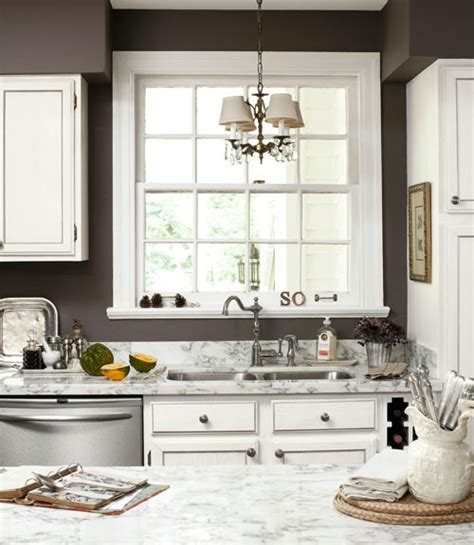 finding the gray paint color driven by decor