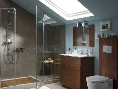 Merveilleux Salle De Bain Sous Pente De Toit #4: salle-de-bains-sous-comble-67659424-3976819.jpg