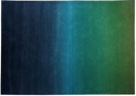 teppich gr n grau teppich blau gr 252 n gamelog wohndesign