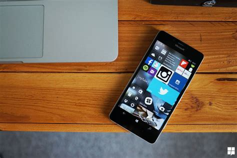 microsoft mobile update windows 10 mobile update rollout now underway for