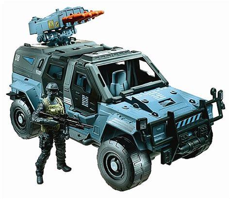 figure vehicles fair 2013 hasbro s g i joe retaliation