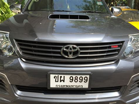 Grill Fortuner 2012 unpainted front grille trd style for toyota fortuner suv