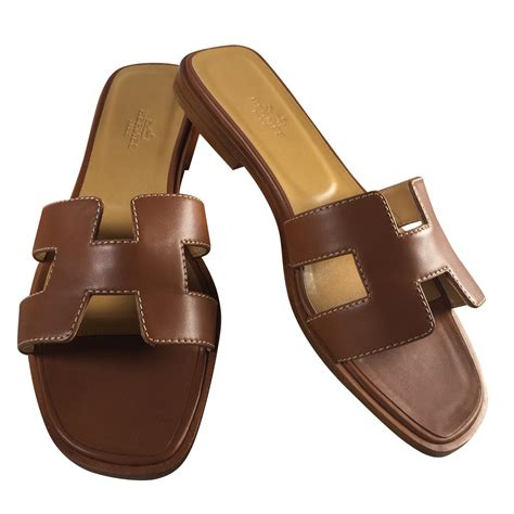 hermes oran sandals herm 232 s oran sandals leather caramel ref 42282 joli closet