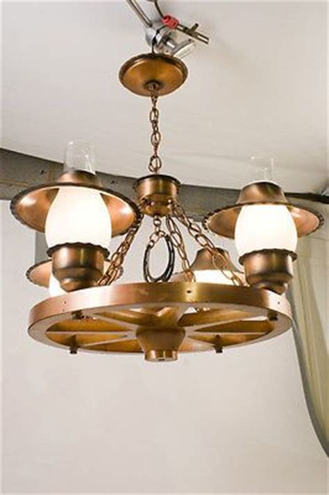 Wagon Wheel Ceiling Light by Vintage Wood Wagon Wheel Electric 4 Light Ceiling Fixture