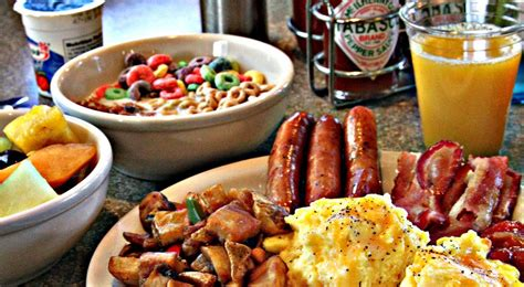 America Breakfast Buffet Just Like Us English The American People Also Like To