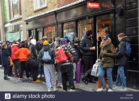 supreme uk supreme store address
