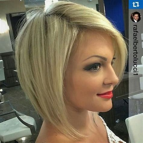 want to know which hairstyles cuts and colors are hot right now then this is exactly where you need to be between our panel of expert stylists and scouring the red carpets we bring you today s fre 40 beautiful and convenient medium bob hairstyles blonde