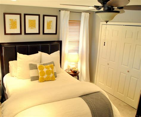 how to furnish a small room gray and yellow bedroom theme decorating tips