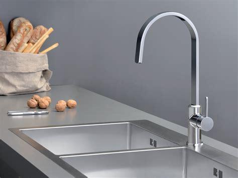 KK 525 Kitchen mixer tap by CRISTINA Rubinetterie
