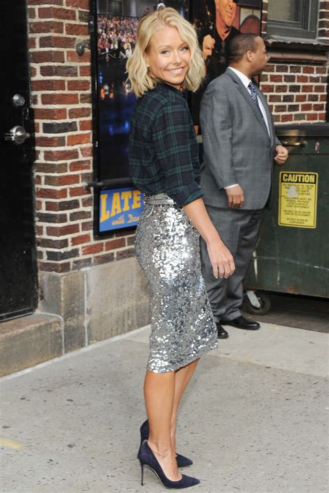 kelly ripa new home 2015 kelly ripa arrives at the late show with david letterman