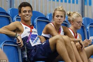tom daley and tonia couch olympics 2012 diving let s hope you re not in one of the