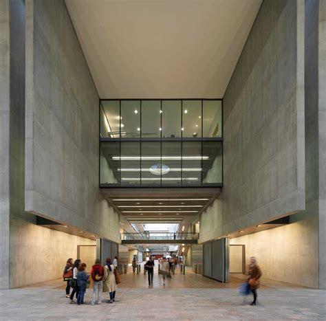 design art school london kings cross central london central st martins building