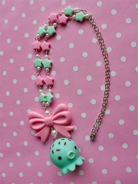 Kalung Chokker Neackles Kawai necklace with a kawaii takochu pendant it s made with plastic in pink and mint green