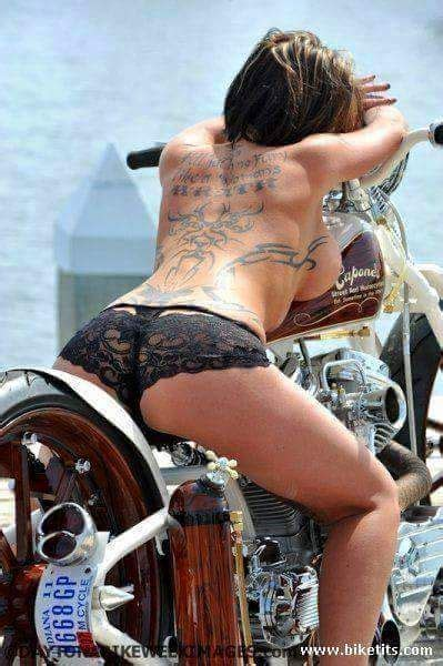 hot chick barrett jackson 1000 images about girls and motors on pinterest