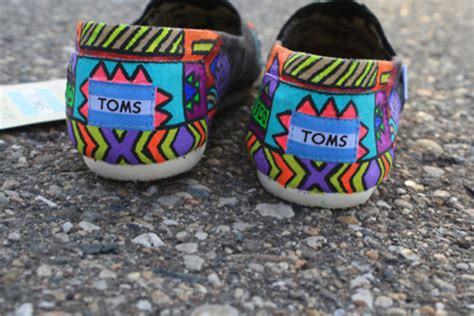 tribal pattern toms shoes design indian blue green orange toms cute