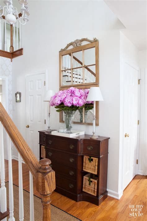 foyer ideas decorating try this decorating tip tonight in my own style