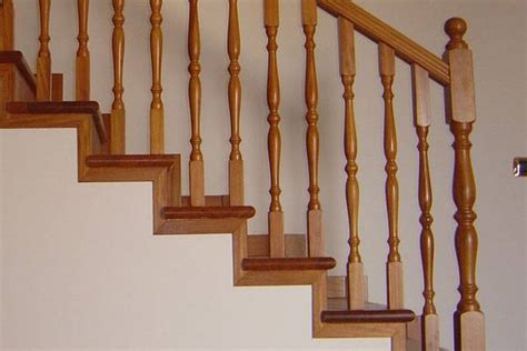 corrimano per scale interne in legno ringhiere in legno per scale interne scale realizzare
