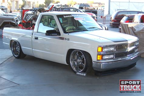 lowered trucks 2009 sema lowered trucks photo 143