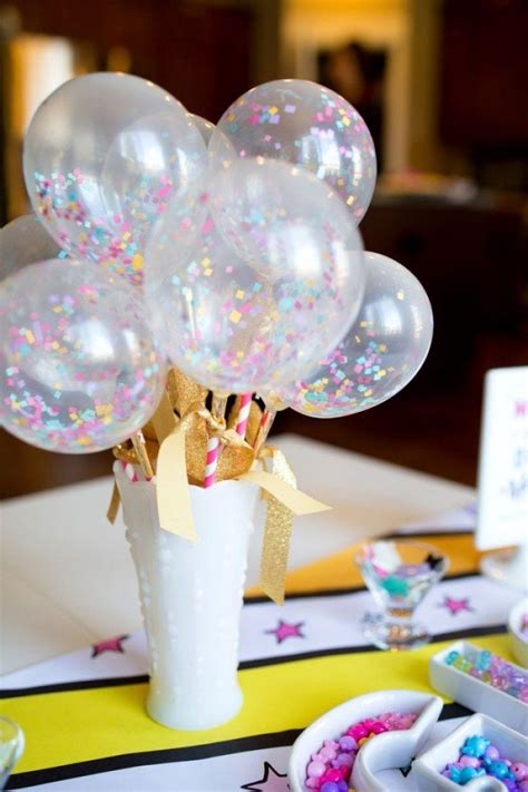 how to a table centerpiece 15 ways to decorate a table with a balloon centerpiece on