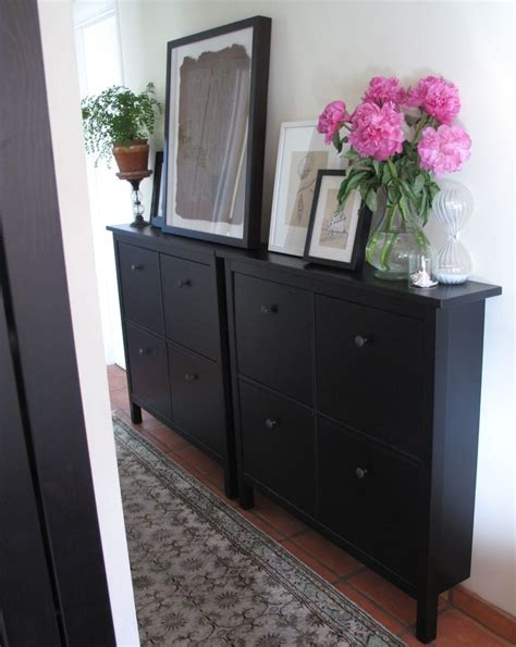 Narrow Hallway Cabinet by 25 Best Ideas About Narrow Hallway Table On