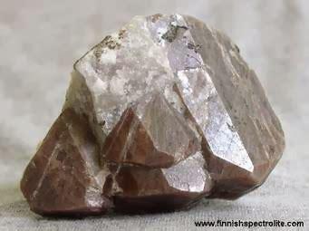 Intan Brukat Dina Biru Co batu yakut zircon rahasia batu mulia