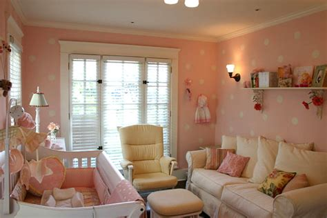 inspiring baby nursery themes   limited spaces